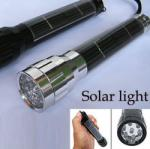 DC Napelemes zseblámpa, elemlámpa napelem + 7 fehér LED, ezüst színű alumínium lámpa