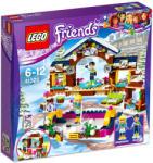 LEGO Friends - Jégpálya a havas üdülőhelyen (41322)