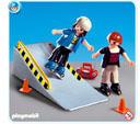 Playmobil Két görkoris a rámpán (4415)