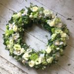 ImodFlowers Coroana funerara cu flori albe